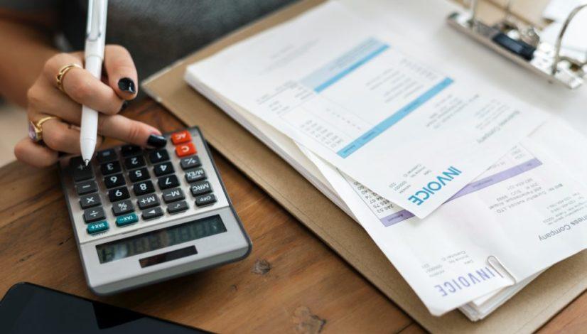 nezaplacená faktura, dluh, faktura